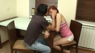Hot babe pretty spreads for man on hot girl porn videos